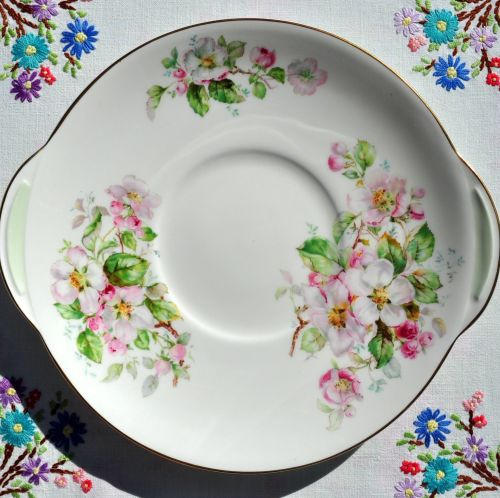 Royal Doulton Apple Blossom H4899 Cake Plate c.1950s
