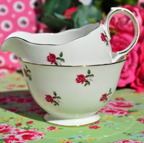 Colclough Fragrance Ditsy Pink Roses Milk Jug and Sugar Bowl