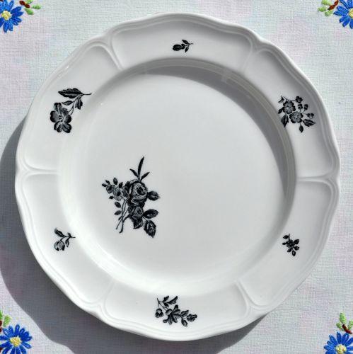 Wedgwood Ludlow Pattern 18cm Side Plate