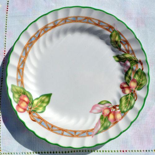 Johnson Bros. English Rose Pattern Green Rim Tea Plate