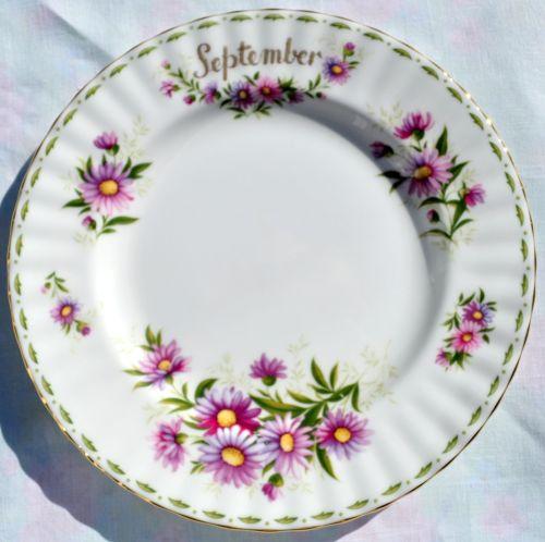 Royal Albert Michaelmas Daisy - September 20cm Plate