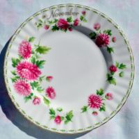 Royal Albert Chrysanthemum - November 20cm Plate