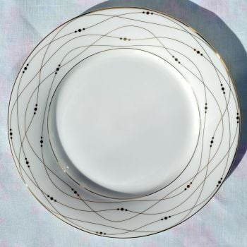 Royal Doulton Fascination Gold 22.5cm Bone China Accent Plates c.2006
