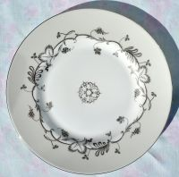 Wedgwood Flourish Ecru Bone China 22.5cm Salad Plate