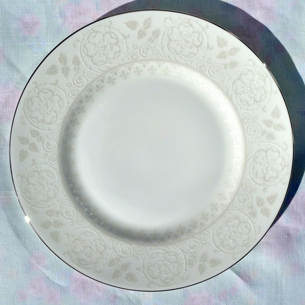 Wedgwood Petal Lattice Ecru Bone China 22.5cm Salad Plate