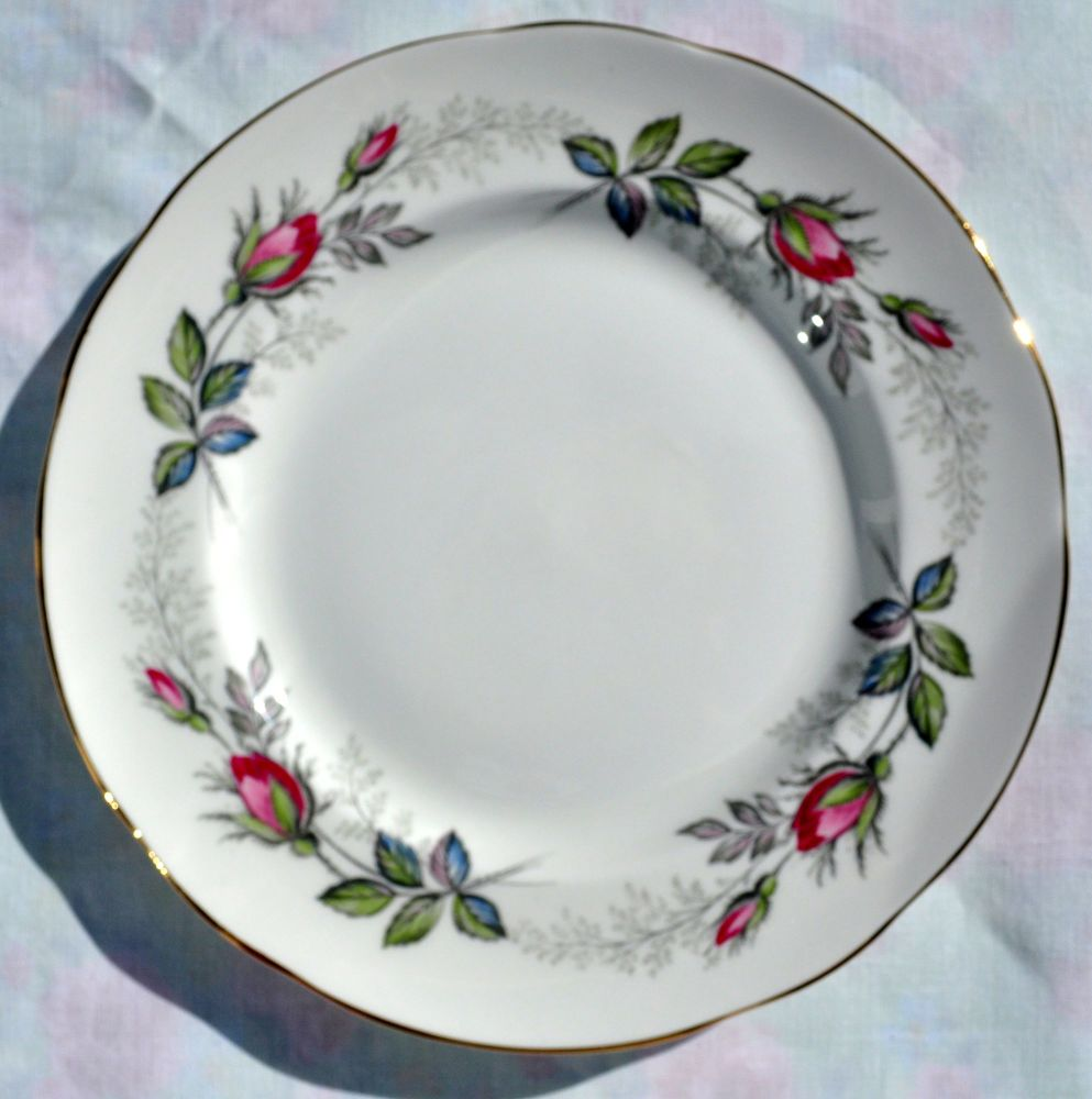 Paragon Bridal Rose Vintage China Rose Buds Pattern 20.5cm Plate