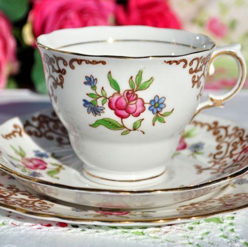 Colclough Rose Trellis Vintage China Tea Cup Trio c.1940s