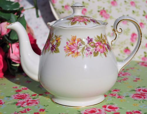 Colclough Wayside Pattern Vintage Bone China Teapot