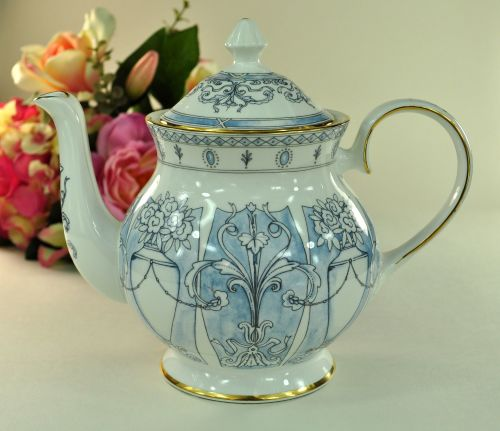 Duchess China Verona Pattern Large 2 Pint Teapot