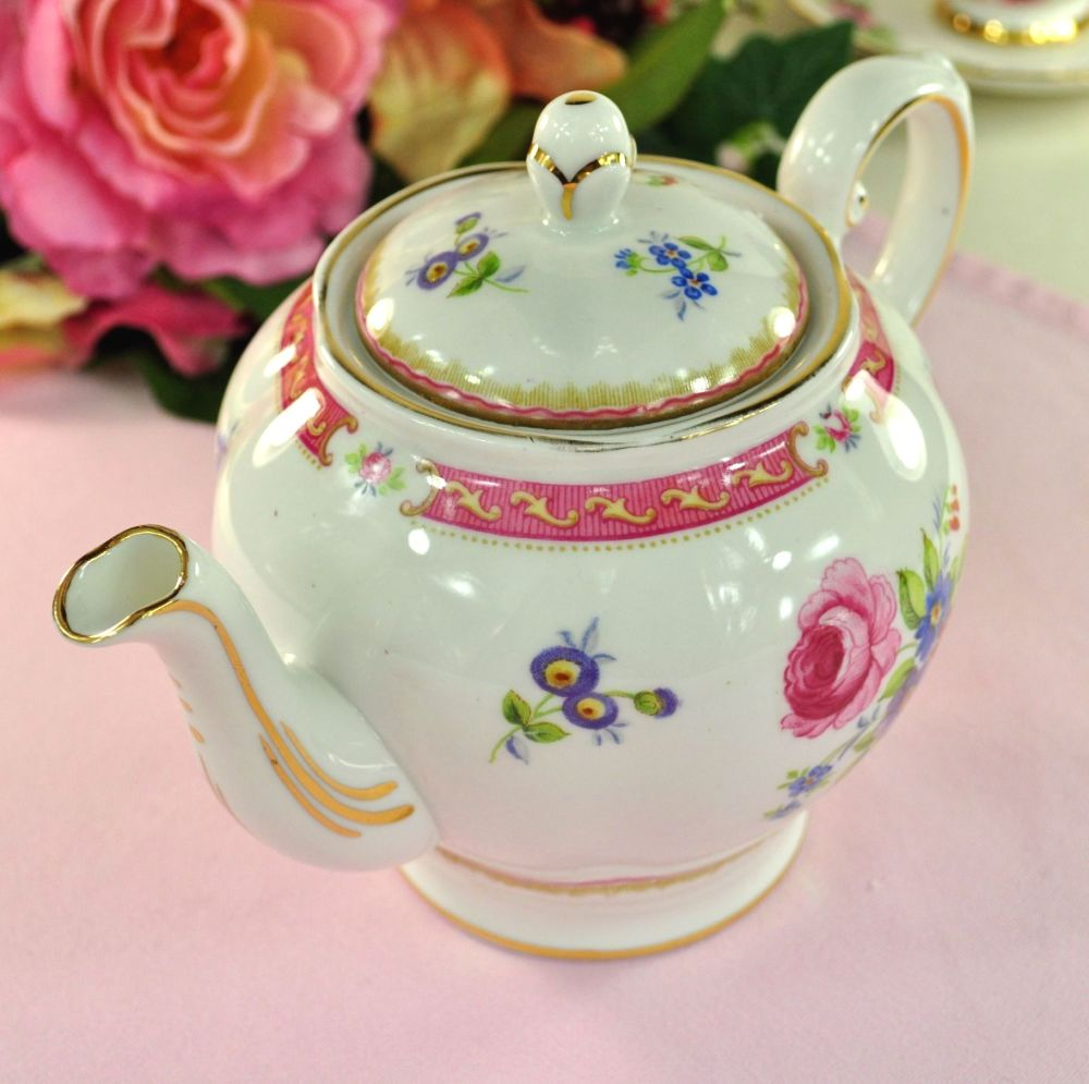 Tuscan Lowestoft Pattern Vintage China Teapot c.1947+