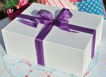 Tea Set Gift Box White