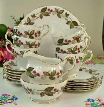 Paragon Green Briar Vintage Bone China 21 Piece Tea Set