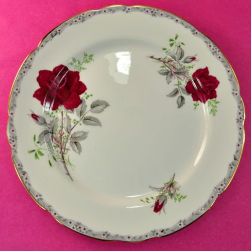Royal Stafford Roses To Remember 21.5cm Bone China Plate