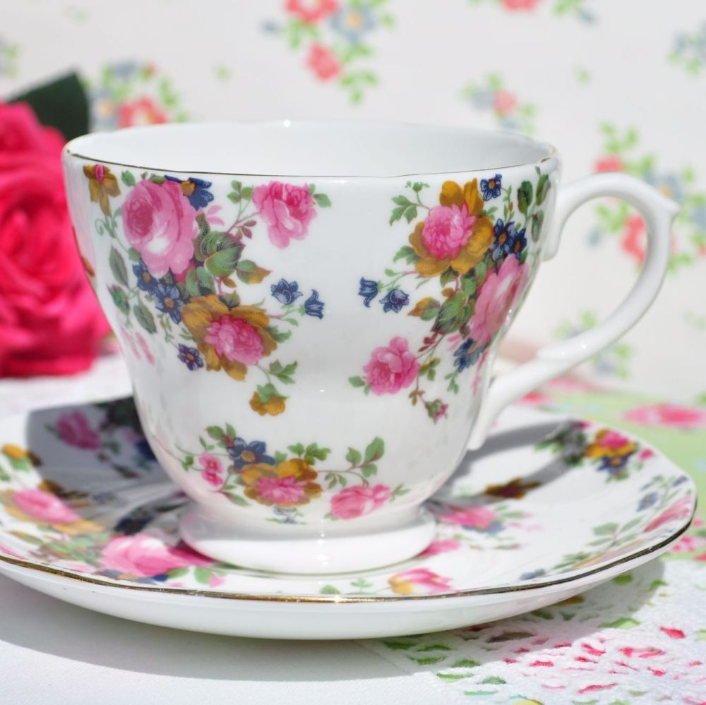 English Old Fashioned Floral Pattern Teacup and Saucer