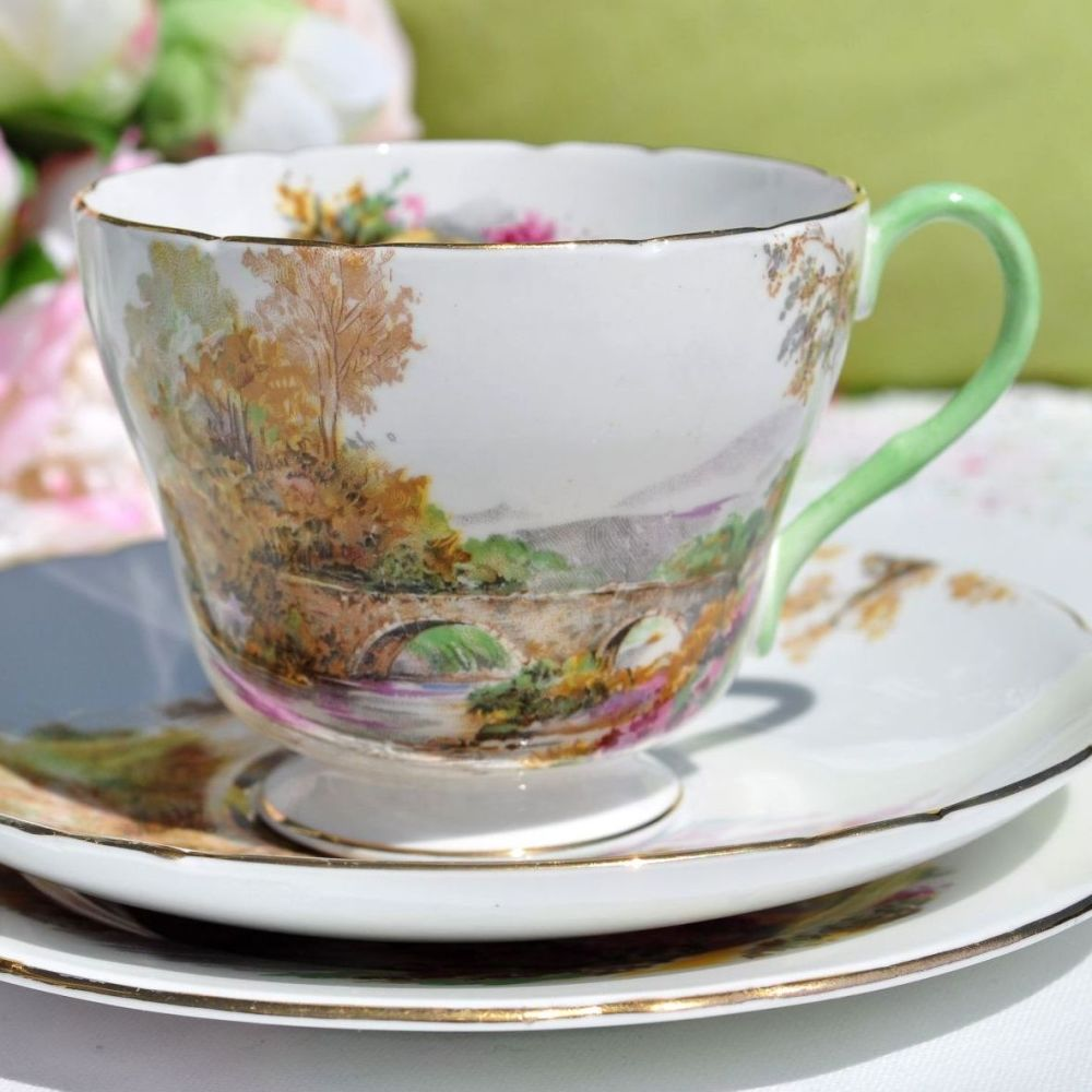 Shelley Heather Pattern Teacup Trio c.1940s