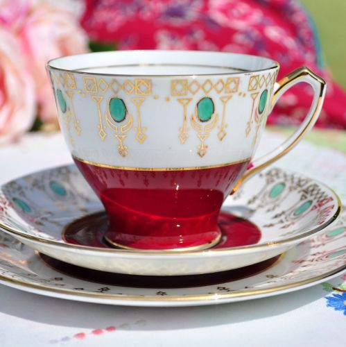Windsor Retro Red, Gold and Green Bone China Teacup Trio c.1946+