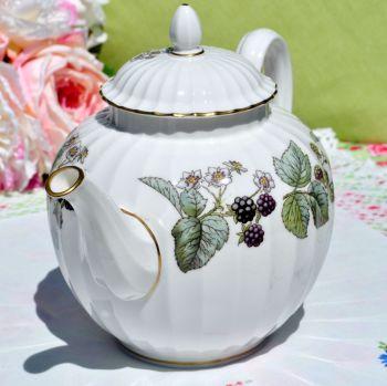 Royal Worcester Lavinia Z 2821 Pattern Fine Bone China Teapot