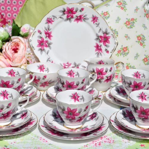 Royal Stafford Clematis Pattern Vintage 21 Piece Tea Set c.1950s