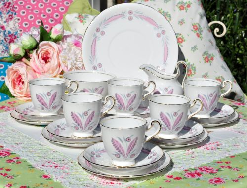 New Chelsea Pretty Pink 4744A Bone China Tea Set c.1930s