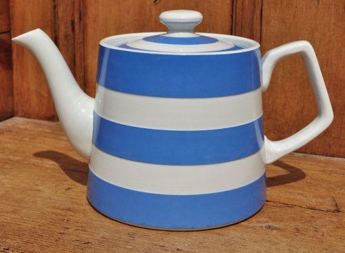 T.G.Green Cornishware Hand Thrown Teapot c.1930-60 s