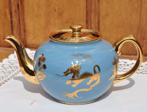 Sadler Turquoise Blue and Gold Dragon Teapot c.1940s