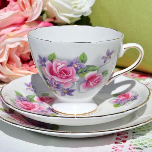 Gladstone Gladness Pattern Vintage China Teacup Trio