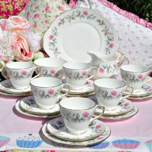 Duchess Bramble Rose 21 Piece Tea Set