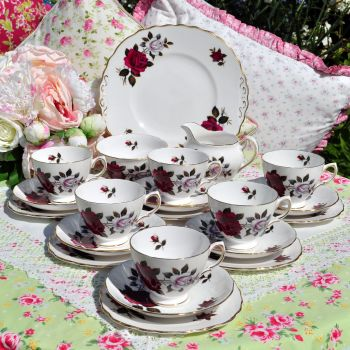 Colclough Red and Blush Roses 21 Piece Tea Set