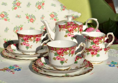 Royal Stafford Olde English Garden Tea Set For Two c.1952