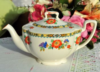 Johnson Bros. Pareek Vintage Ceramic Teapot c.1940s