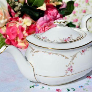 Wedgwood Carisbrooke Bone China Teapot c.1962+