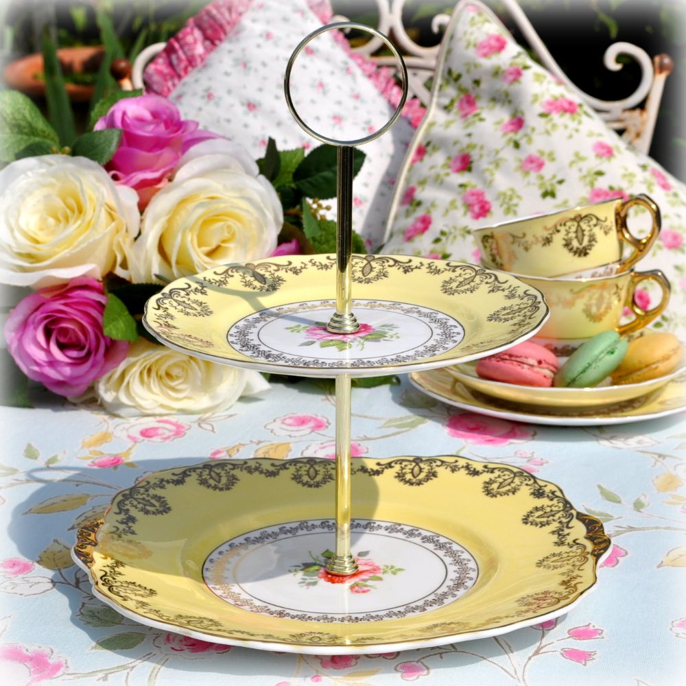 <!--008-->2 Tier Cake Stands