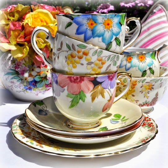 <!--006-->Teacups and Saucers
