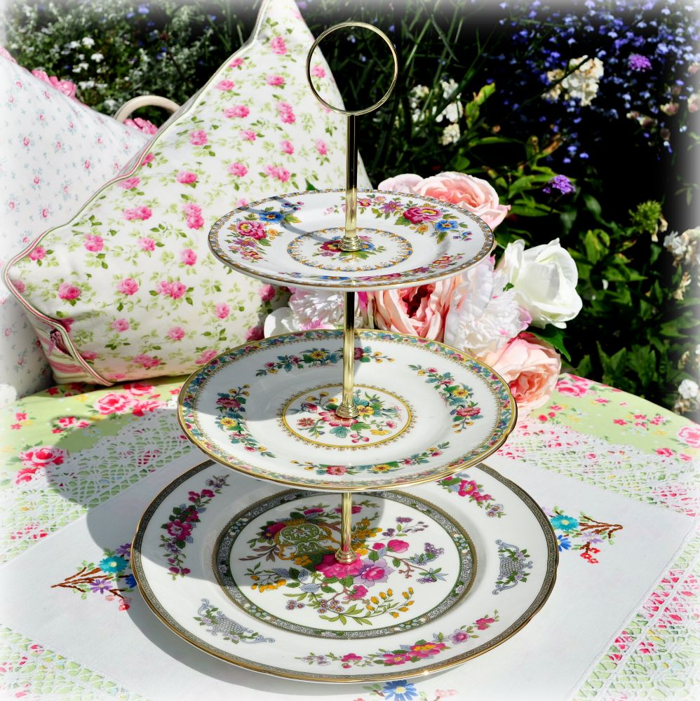 <!--002-->3 Tier Cake Stands