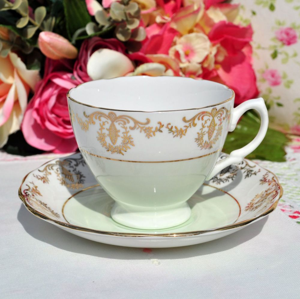 Royal Vale Green and Gold Filigree Teacup and Saucer c.1950s