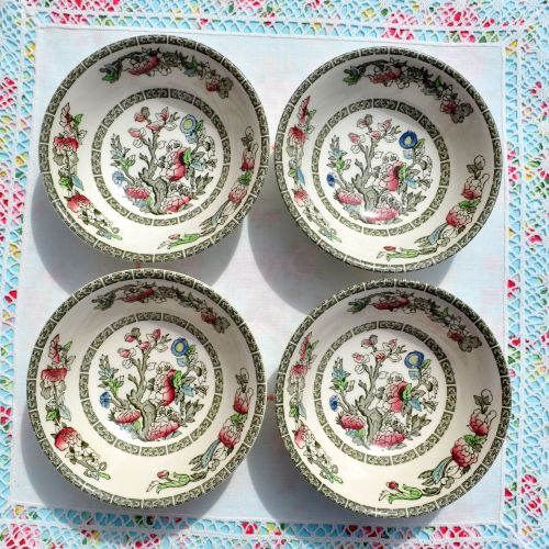 Johnson Bros. Indian Tree Dessert Bowls Set