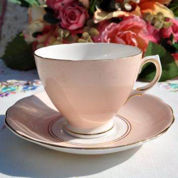 Royal Vale Pale Peach Teacup and Saucer c.1950s