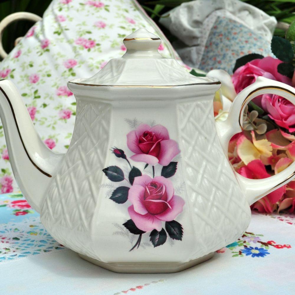 Sadler Pink Roses 1.5 Pint Vintage Teapot