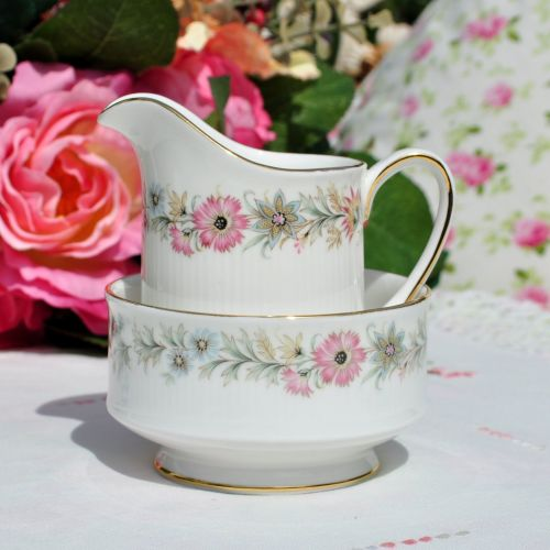 Paragon Belinda 1960s Vintage Milk Jug and Sugar Bowl