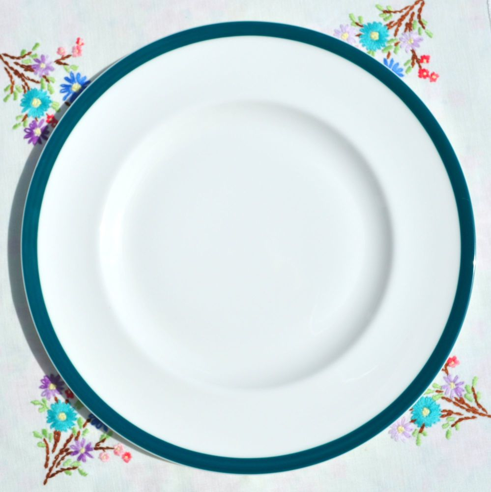 Royal Doulton Hotel Ware Teal Rim Dinner Plates x 6