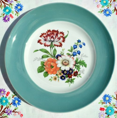 Purbeck Duck Egg Floral Cabinet Plate