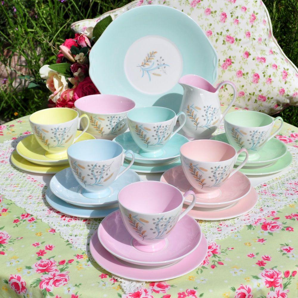 Queen Anne Harlequin 21 Piece Tea Set c.1950's