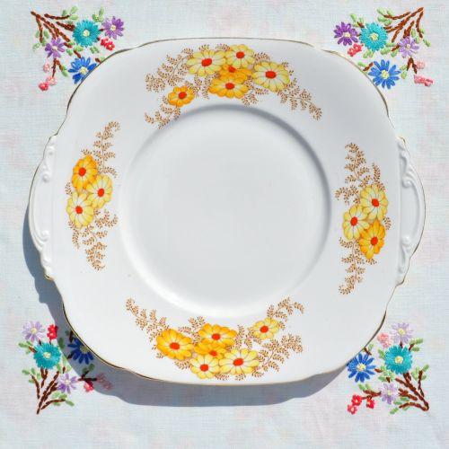 Roslyn China Bracken Cake Plate c.1937-46