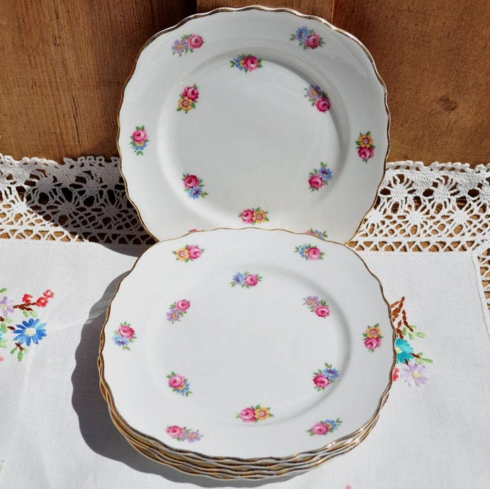 Colclough Scattered Roses Tea Plates Set c.1940s