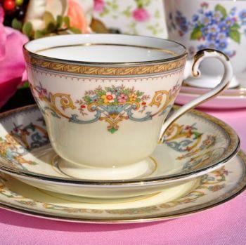 Aynsley Henley Pattern Vintage Teacup Trio