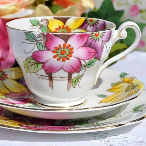 Royal Standard Garden Terrace Vintage Tea Cup Trio c.1940s
