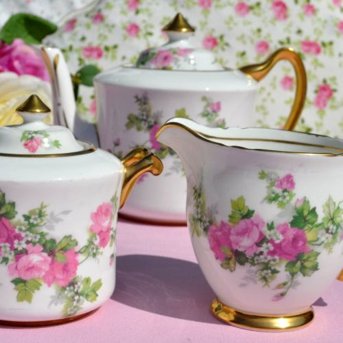 Stanley 1930s Old English Roses Teapot Set