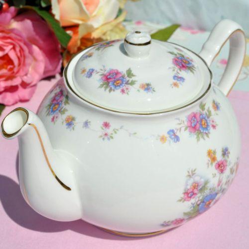 Duchess Rosemary Pretty Floral Vintage Bone China 2 Pint Teapot c.1950s