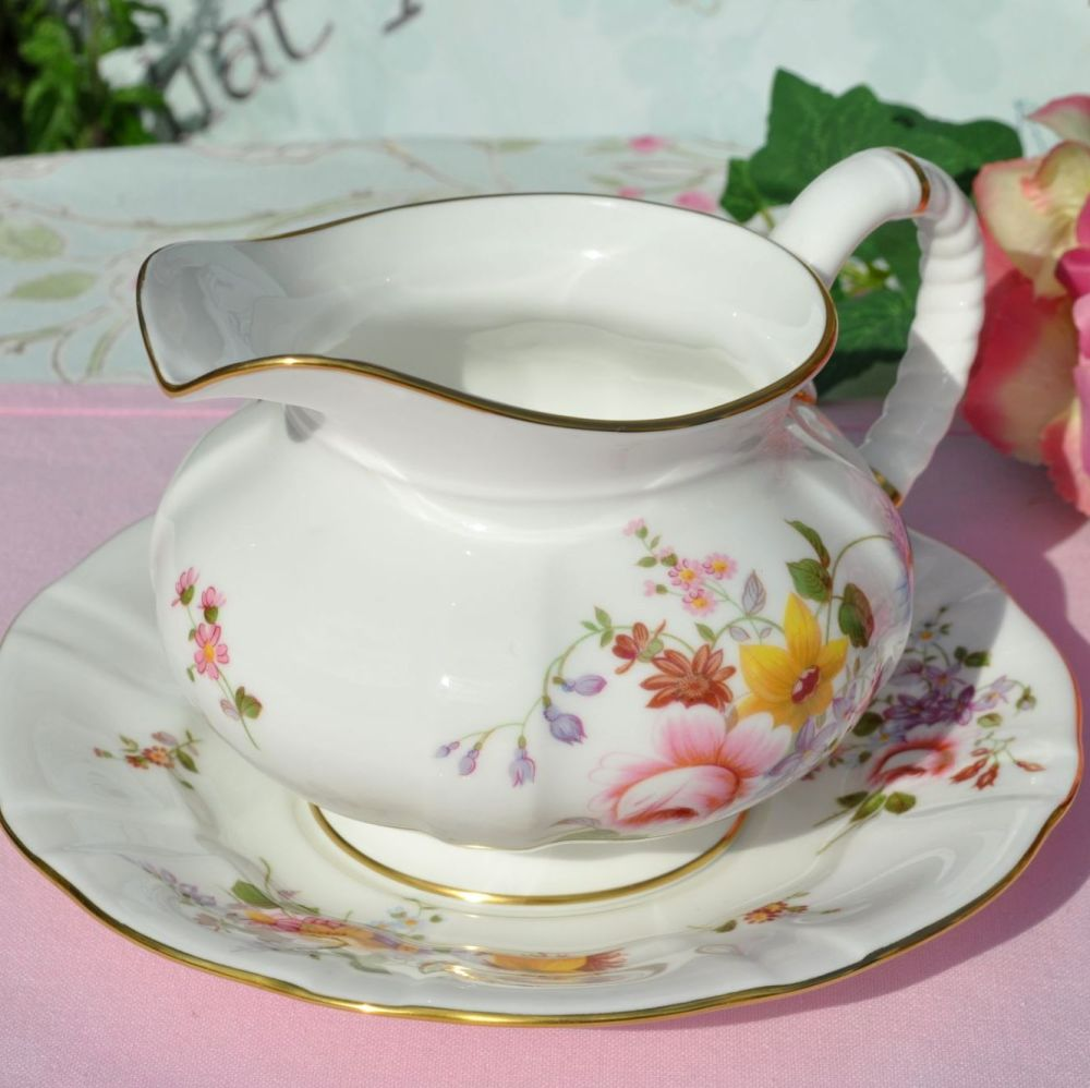 Royal Crown Derby Posies sauce boat and stand