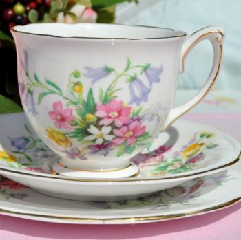 Queen Anne Old Country Spray Vintage Tea Cup Trio c.1960s